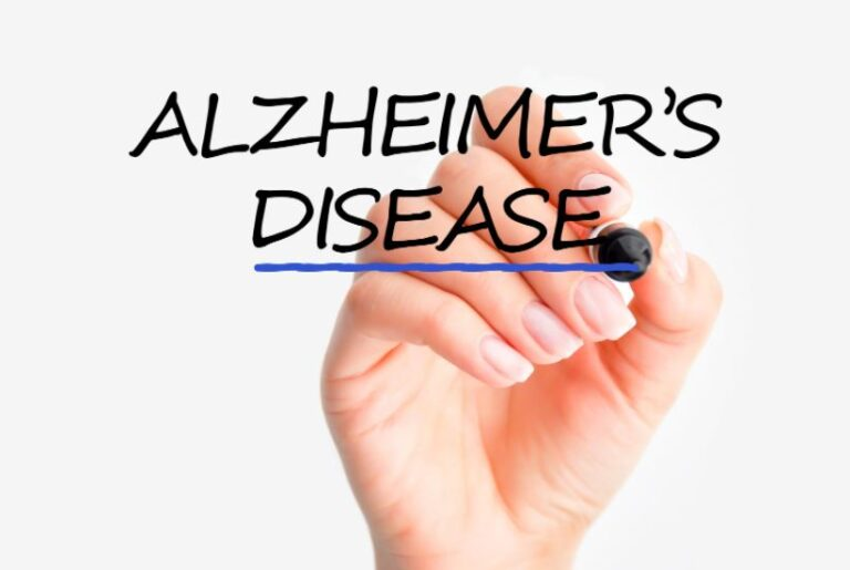 Managing Behavior and Personality Changes in Alzheimer's
